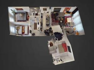 Veľký 156 m² 3-izbový byt na Zámockej ulici   Video + 3D prehliadka
