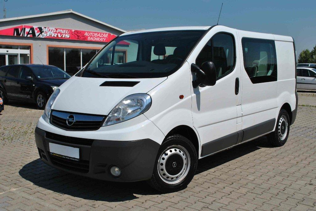 opel vivaro combi 2 0 cdti l1 combi autovia sk. Black Bedroom Furniture Sets. Home Design Ideas