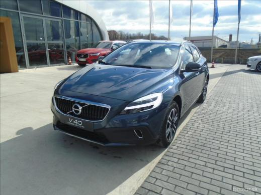 Volvo V40 2, 0   D2 Cross Country Plus 6AT