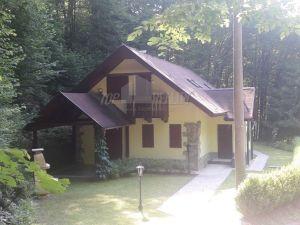 Veľmi pekná chata na Ružíne, výborný stav, výborná poloha