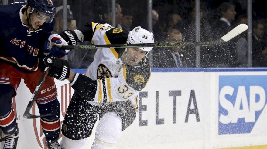 rangers_boston_zedno_chara_jan16_reuters
