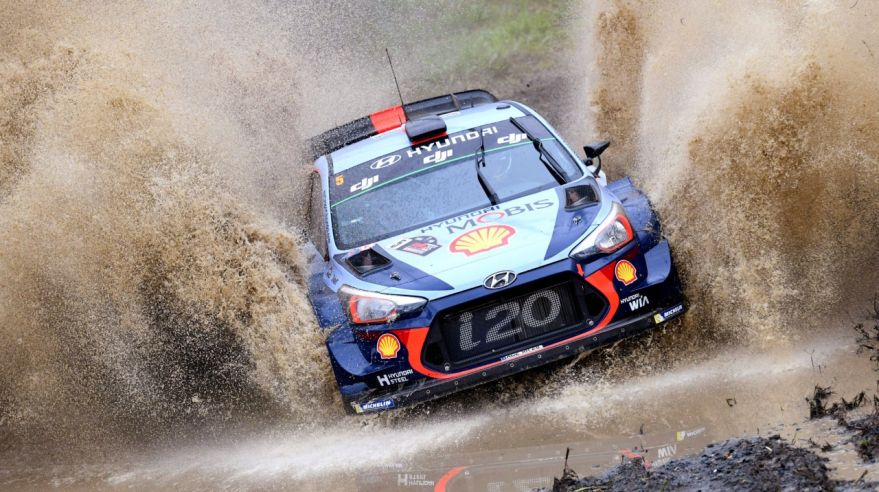 Jazdec rely Thierry Neuville.